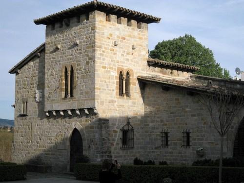 fachada del Caballo Blanco